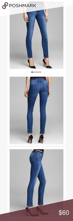 DL1961 Florence instasculpt pacific skinny jeans Only worn 1 time! Like new! Dl1961 Florence style skinny jeans in the color pacific. Super stretchy quality material. Mid rise fit. Perfect medium wash color. Insta sculpt technology for a superior fit. Still on the Bloomingdales site for 178$! DL1961 Jeans Skinny