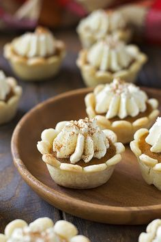 These easy mini pumpkin pies are the perfect, bite-sized treats for any fall party or occasion! Mini Pumpkin Pies, Mini Pies, Mini Pumpkins, Mini Cheesecakes, Pumpkin Cookies, Pumpkin Dessert, Pumpkin Pie Spice, Pumpkin Pie Cheesecake, Pumpkin Pie Recipes