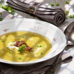 Erbsen-Rahmsuppe mit Spck