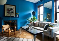 A Designer's Eclectic Brooklyn Brownstone (Gravity Home) Living Room Sets, Living Room Decor, Farrow And Ball Bedroom, Benz, Blue Wall Colors, Paint Colors, Interior And Exterior, Interior Design, Interior Decorating