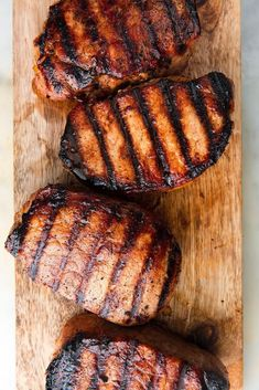 30 Best Pork Chop Recipes - Easy and Healthy Recipes Honey Garlic Pork Chops, Grilled Pork Chops, Grilled Meat, Best Pork Chop Recipe, Pork Rib Recipes, Ham Recipes, Dinner Recipes, Bbq Pork Ribs, Salads