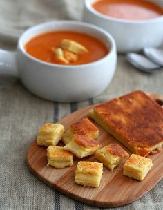 Low Carb Grilled Cheese & Tomato Soup Recipe - these cute little low carb grilled cheese croutons are a delicious addition to your keto soup recipes! Quick Tomato Soup, Tomato Soup Recipes, Gluten Free Recipes, Low Carb Recipes, Cooking Recipes, Healthy Recipes, Gourmet Recipes, Healthy Food, Dinner Recipes