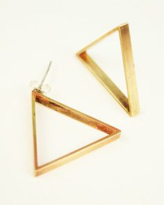 Cute triangle studs