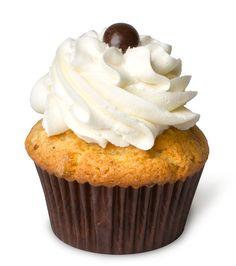 White Chocolate Mocha – Our white chocolate mocha cupcake with a white chocolate buttercream and topped with a chocolate covered coffee bean.