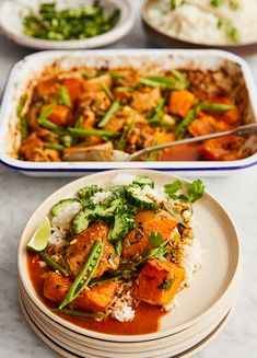 How to make - Jamie's Thai Red Chicken & Butternut Pumpkin Tray Bake With Zingy Cucumber Salad Red Chicken, Chicken Squash, Vegetarian Recipes, Healthy Recipes, Superfood Recipes, Slow Cooker Recipes, Cooking Recipes, Whole Food Recipes, Dinner Recipes