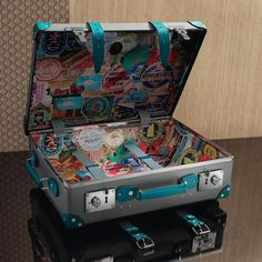 Each Globe-Trotter suitcase takes over 10 days to complete using artisan methods from However, it shouldn't take 10 days to unpack. Luxury Luggage, Trotter, Suitcases, 10 Days, Luggage Bags, Globe, Artisan, Layout, Random