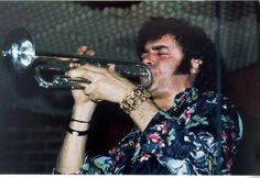 Bill Chase (October 1934 - September American trumpet player (known from the band Chase). Maynard Ferguson, Jazz Trumpet, Trumpet Players, Smooth Jazz, Jazz Musicians, Music Stuff, Orchestra, Horns, American