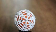 Háčkované vajíčko IVA - NÁVODY NA HÁČKOVANIE Easter Crochet, Easter Eggs, Floral, Flowers, Handmade, Jewelry, Easter Activities, Projects, Hand Made
