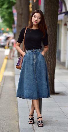Love this denim midi skirt