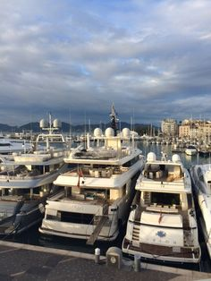 Leo Trippi have spent a very long week hopping in and out of meetings sourcing new properties for you, our clients.  #ILTM in #Cannes is the best place for Leo Trippi  to build and establish new relationships with owners and operators.  Keep an eye on our portfolio, #summer, #winter, private #yachts, #islands, #chalets and #villas for some exciting new additions! Thank you to everyone over the past week – it's been an adventure! 01.12.14 – 05.12.14