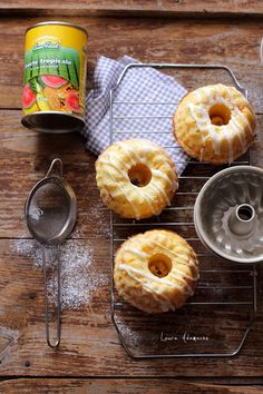 Crack Chicken, Yummy Food, Delicious Recipes, Doughnut, Cake Recipes, Pineapple, Tropical, Baking, Food Cakes