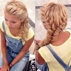 Длинную челку всегда можно сделать частью косы
