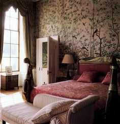 The Leicester Room at Chatsworth, with 1830s Chinese paper on the walls. Photo by Simon Upton.