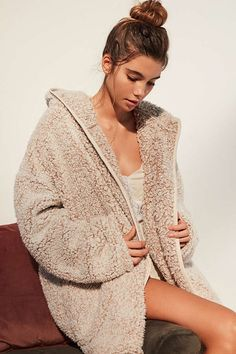 Slide View: 6: Out From Under Shaila Blanket Robe