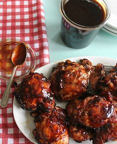 Homemade BBQ Sauce Recipe. It only takes about 10 minutes and tastes fantastic on grilled chicken. Made with Golden Barrel Blackstrap Molasses.