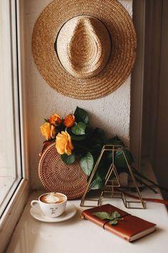 Handy Iphone, Phone Screen Wallpaper, Coffee Photography, Photography Ideas, Coffee Is Life, Coffee And Books, Latte Art, Coffee Cafe, Autumn Home