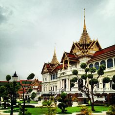 พระบรมมหาราชวัง (The Grand Palace) in Bangkok museum includes Wat Phra Kaeo (Temple of the Emerald Buddha)