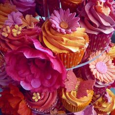 Image Detail for - Flowers Red, Pink, and Orange Wedding cupcake