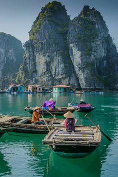 Halong Bay, Vietnam Excursion: La formule trois jours semble être la meilleure option. Quoi qu'il en soit, vous n'oublierez certainement jamais cette balade en bateau dans l'une des plus belles baies du monde.