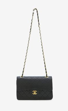 Chanel Matrasse Shoulder Bag   VAUNTE