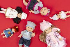 Krásne bábiky španielskej značky Paola Reina sú výsledkom vyše dvestoročnej tradície výroby bábik v španielskom meste Onil. Svoje malé majiteľky potešia ako svojimi prepracovanými tváričkami, tak jemnou vôňou vanilky, ktorá nikdy nevyprchá. Zaujíma vás, aké je ich tajomstvo? Prečítajte si v našom najnovšom článku na blogu.