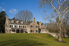 Gladwyne Residence - Archer & Buchanan Architecture, Ltd. Stone Cottages, Stone Houses, Residential Architecture, Amazing Architecture, Stone House Revival, Federal Style House, Early American Homes, Stone Farms, Garden Gates And Fencing
