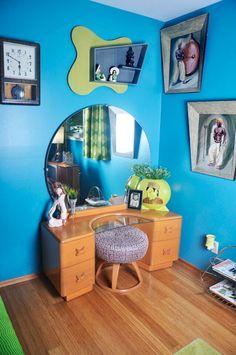 Guest bedroom hepcatrestorations.com Photography: Eva Ochoa, Glamourpuss Pin-Up Studio