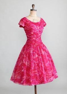 Vintage 1950s Pink Swirl Chiffon Party Dress