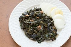 German-Style Simmered Spinach ~ via http://thedomesticman.com/2013/03/26/german-style-simmered-spinach/#more-4357