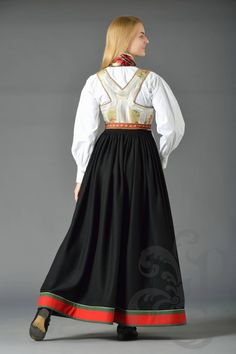 Folk Costume, Costumes, Norwegian Clothing, Line S, Traditional Outfits, Damask, Norway, American Girl, All Things