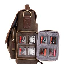 Very smart pocket!  Kelly Moore | Thirst Relief Bag Pilger Bags...Joe wants this one. LOL!
