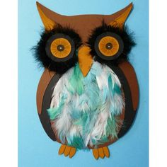Super cute owl craft for kids.  Made with card stock and feathers!