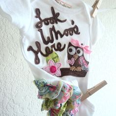 ordering this!!! GIRLS Owl onesies, Look Whoo's Here, baby shower gift, summer infant clothes. $68.00, via Etsy.