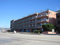 Ocean front hotels in La Jolla - La Jolla Cove Suites