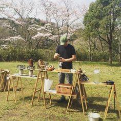 キャンプギアハイスタイルキッチングッズ販売TSKitchenCounterOUTING Camping Furniture, Outdoor Furniture Sets, Outdoor Decor, Camping Equipment, Camping Gear, Balcony Planters, Bell Tent, Japanese Aesthetic, Market Stalls