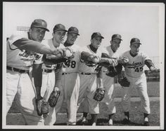 Now here are some championship arms.  Featured in the Associated Press press photo above, as found on eBay, are the pitchers of the eventual 1955 World Series Champion Brooklyn Dodgers.      **  Dodgers Blue Heaven: Blog Kiosk: 2/4/2016 - Dodgers Links - Some Odds and Ends