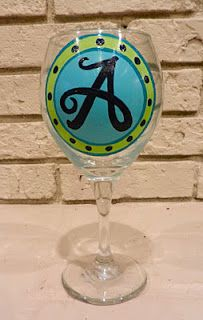 Painted wine glasses, totally making these!
