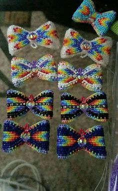 Powwow Beadwork, Indian Beadwork, Native Beadwork, Native American Beadwork, Native Beading Patterns, Beadwork Designs, Seed Bead Patterns, Beaded Earrings Native, Beaded Earrings Patterns