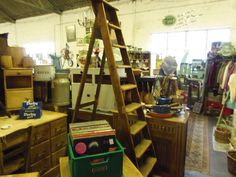 GRANDADS CURIOUS ATTIC @ DORCHESTER CURIOSITY CENTRE DT1 1ST 01305 251886 OPEN ALL WEEK LOTS FREE PARKING- GREAT CAFE!