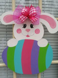 Easter door hanger easter wreath easter door decor by MoniLulis Easter Projects, Easter Crafts For Kids, Make Your Own Wreath, Diy And Crafts, Paper Crafts, Bunny Crafts, Easter Activities, Easter Wreaths, Easter Bunny
