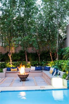 This Jo'burg garden's most unattractive features – its boundary walls – were turned into an asset creating a lush backdrop for an intimate entertaining area