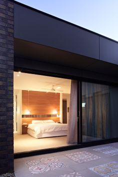 black powder-coated aluminium / windows. For aluminium window repairs and restoration, check out http://windowrevival.com.au