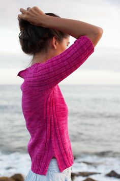 Mauna Kea {solid} Perfect for any time of year http://www.ravelry.com/patterns/library/mauna-kea-solid