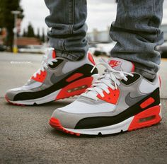 Nike Air Max 90 Infrared is one of my favorite Air Maxes even though I don't own any. Zapatillas Nike Jordan, Tenis Nike Air Max, Nike Max, Nike Air Max Mens, Air Max 90, Air 90, Nike Air Max Command, Nike Free Shoes, Nike Shoes Outlet