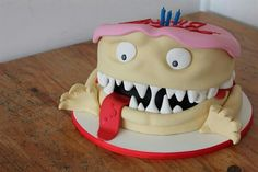 ... Silly Monster Cake ...