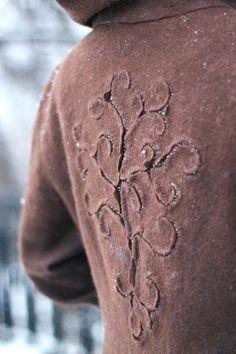 Здравствуйте, дорогие мои! в качестве отдыха от ярких цветов предыдущей коллекции, появилась на свет вот эта небольшая теплая компания - вся в сдержанных натуральных тонах. Вдохновением послужило то самое дерево Густава Климта:)…