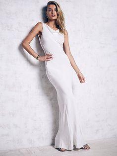 Delarosa Gown
