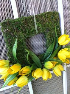 Spring season is here and why not freshen up your front door with one of these really colorful spring wreaths!!     Scroll down and get insp...