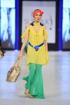 Rizwan_Beyg_Collection_at_PFDC_Sunsilk_Fashion_Week_Day_3_2013
