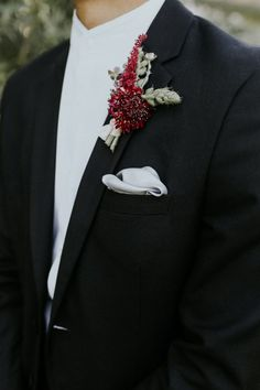 34 Fall Groom Style Ideas That are Cooler Than Cool Red Wedding, Wedding Men, Wedding Groom, Fall Wedding, Wedding Styles, Wedding Colors, Wedding Flowers, Groom Attire, Groom And Groomsmen